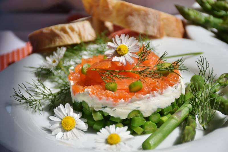 vin et saumon aneth